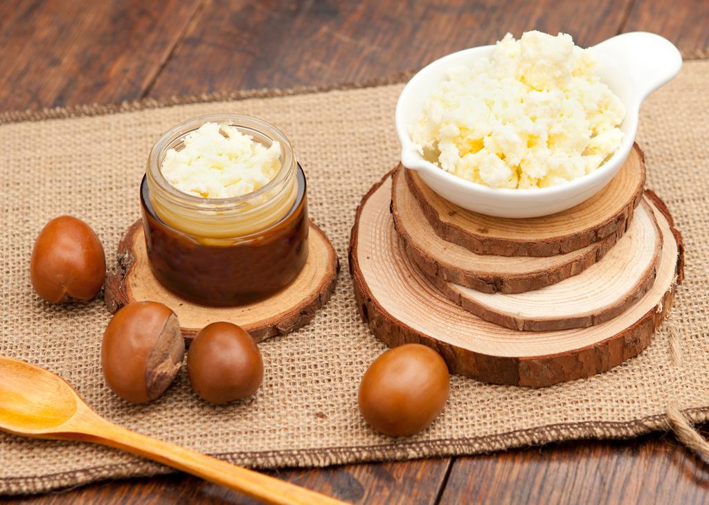 Beurre de Karité : Le soin aux mille et une vertus !